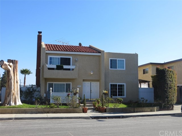 16632 Dolores Lane Huntington Beach, CA 92649 is listed for sale as MLS Listing OC17023990