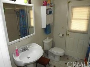 22523 Cottonwood Avenue, Moreno Valley CA: http://media.crmls.org/medias/92deb9be-af17-401d-af77-98416afc05ae.jpg