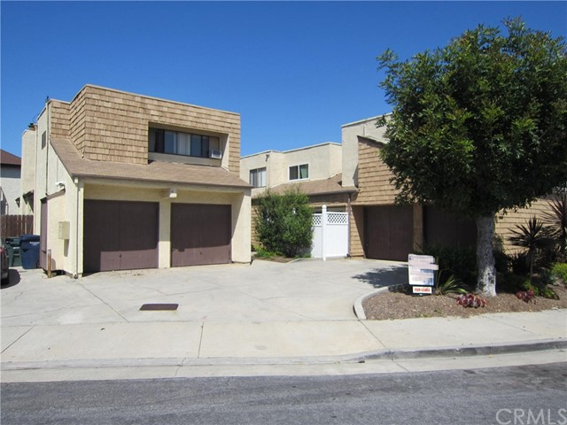 16641 Jib Circle Huntington Beach, CA 92649 is listed for sale as MLS Listing OC17064310