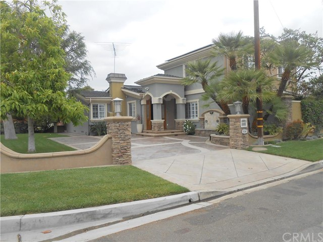 Single Family Home for Sale at 836 Magnolia Avenue S Anaheim, California 92804 United States