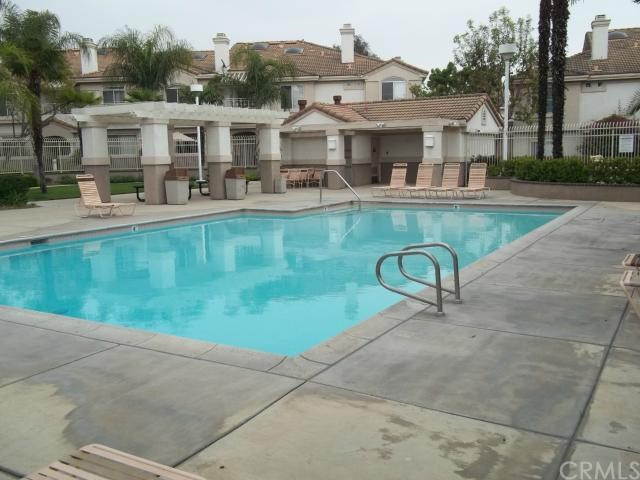 916 N Turner Avenue, San Bernardino, California 91764, 3 Bedrooms Bedrooms, ,2 BathroomsBathrooms,TOWNHOUSE,For sale,Turner,SW14060894