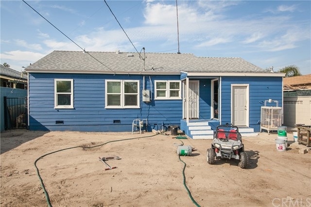 1123 W 15th Street, San Bernardino CA: http://media.crmls.org/medias/92fd58c2-5c87-46f1-b8fc-4a65b1a71dbb.jpg