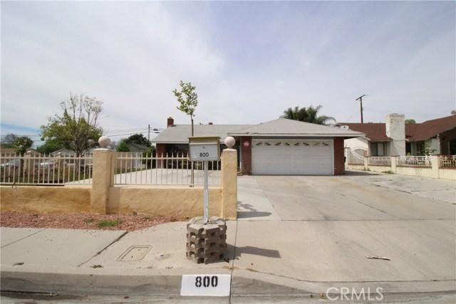 800 San Carlo Avenue, San Bernardino CA: http://media.crmls.org/medias/9302e23b-5947-43f0-b5ed-bbf33f0aa50a.jpg