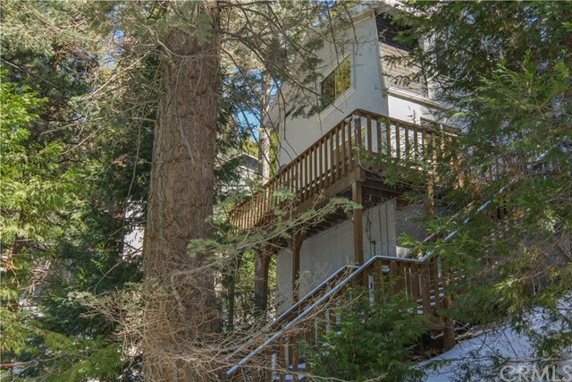 518 W VICTORIA CT. Lake Arrowhead, CA 92352 - MLS #: EV18044284