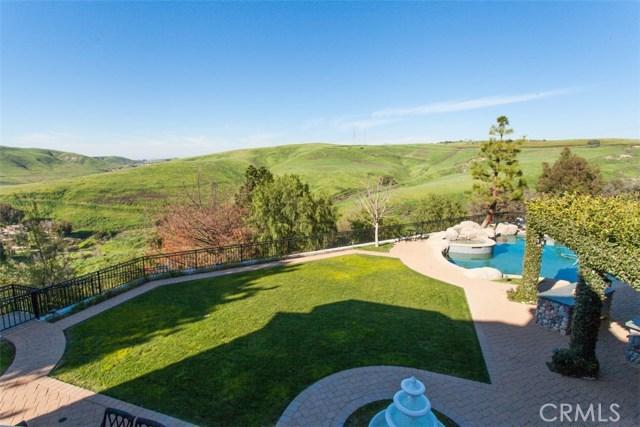27972 Golden Ridge Lane, San Juan Capistrano CA: http://media.crmls.org/medias/93162506-f276-4001-be4b-5262985a4905.jpg