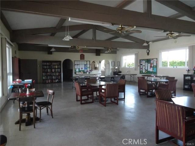 4800 Daleview Avenue, El Monte CA: http://media.crmls.org/medias/9319d470-eba6-4f6c-ac24-1550d23c78d9.jpg
