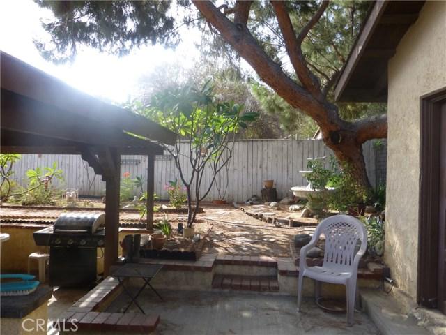 3481 Grant Street, Corona CA: http://media.crmls.org/medias/931fd102-8c12-4c69-bf17-a7b4ef54102b.jpg