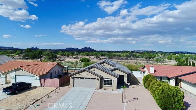 13901 Driftwood Drive, Victorville CA: http://media.crmls.org/medias/932203d9-40d1-4d88-99c3-de45ff24e837.jpg