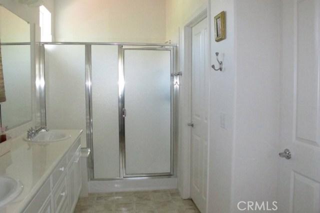 2450 Altadena Lane, Paso Robles CA: http://media.crmls.org/medias/932b8180-8d26-407a-9d33-eea51cd382e0.jpg