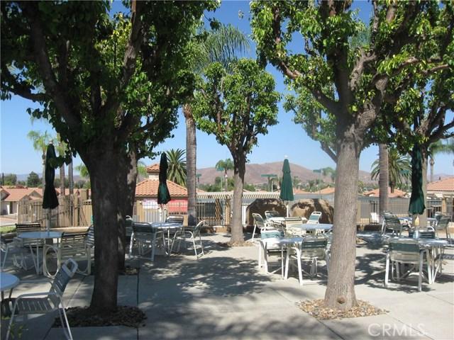 27705 Calle Rabano, Menifee CA: http://media.crmls.org/medias/9341cc07-162b-49a8-ba45-535338f9c6ee.jpg