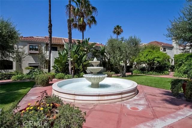 4852 Tiara Drive, Huntington Beach CA: http://media.crmls.org/medias/934f575b-d9c6-4ed0-b635-43530aadc5b9.jpg