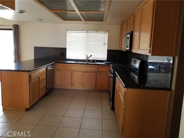 8818 Tumbleweed Road Phelan, CA 92371 - MLS #: WS17199720