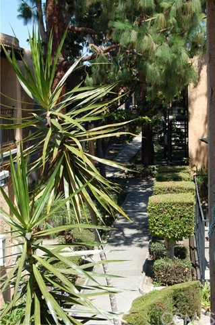 21524 W Belshire Avenue # 5 Hawaiian Gardens, CA 90716 - MLS #: DW17141825
