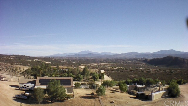 40325 DENISE ROAD, TEMECULA, CA 92592  Photo 1