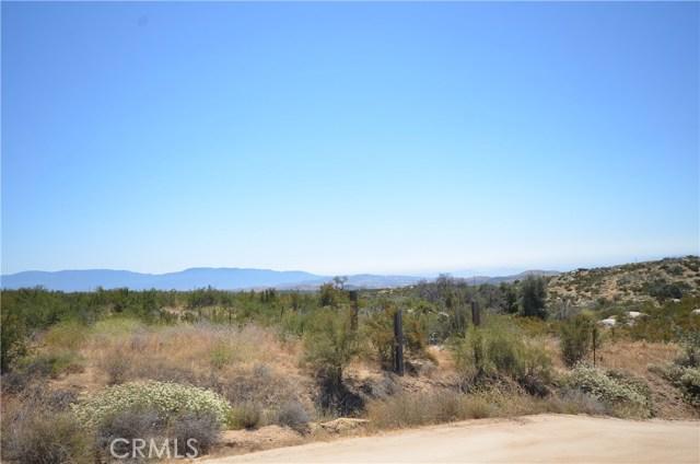 35052 Hobbiton Road, Sage CA: http://media.crmls.org/medias/93742c7f-62bb-4c1b-9063-4d1e0d4cbe05.jpg