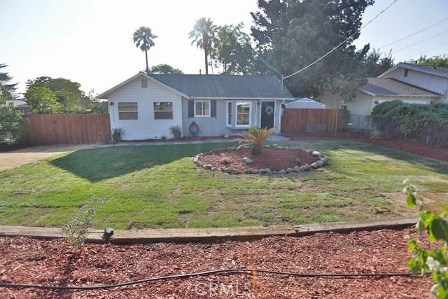 11998 2nd Street, Yucaipa CA: http://media.crmls.org/medias/93770ac3-ce0b-44c2-a69a-b2c41f6fb1d9.jpg