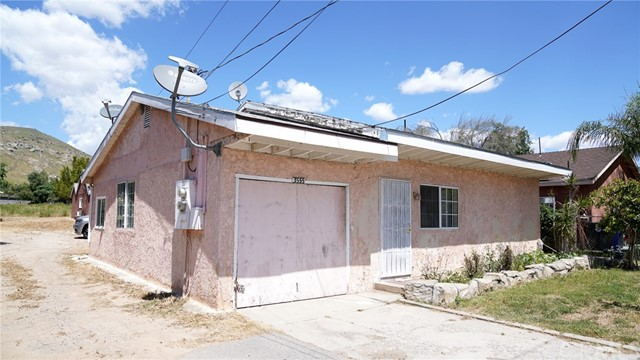 Photo of 3555 Valley Way, Riverside, CA 92509