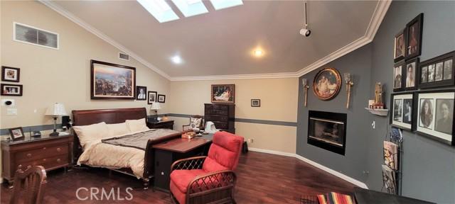 354 Crosby Street, Altadena CA: http://media.crmls.org/medias/93811b24-ea2d-4887-9e90-21fb69f70165.jpg