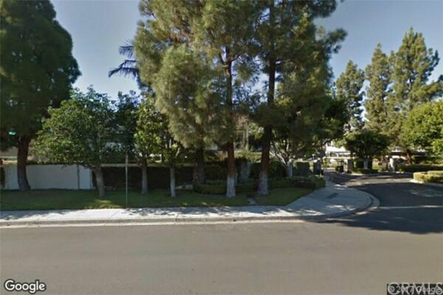 21 LAKEFRONT , CA 92604 is listed for sale as MLS Listing OC17137447