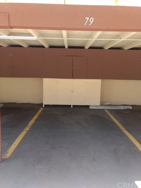 1010 W Macarthur Boulevard, Santa Ana CA: http://media.crmls.org/medias/9391367d-ce7f-4e98-b27d-94b99d37f316.jpg