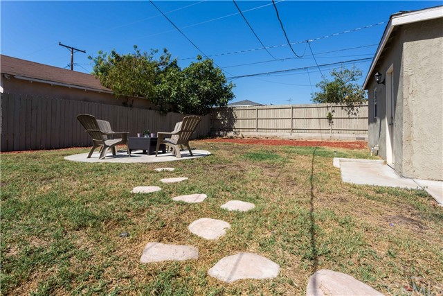 11309 Newgate Avenue, Whittier CA: http://media.crmls.org/medias/93929db8-4226-460e-885f-a132483cede5.jpg