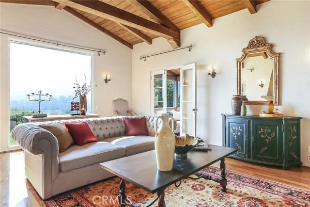 1661 La Cresta Drive, Pasadena CA: http://media.crmls.org/medias/9394e5e0-bf97-4c41-ace2-d64f92ca532c.jpg
