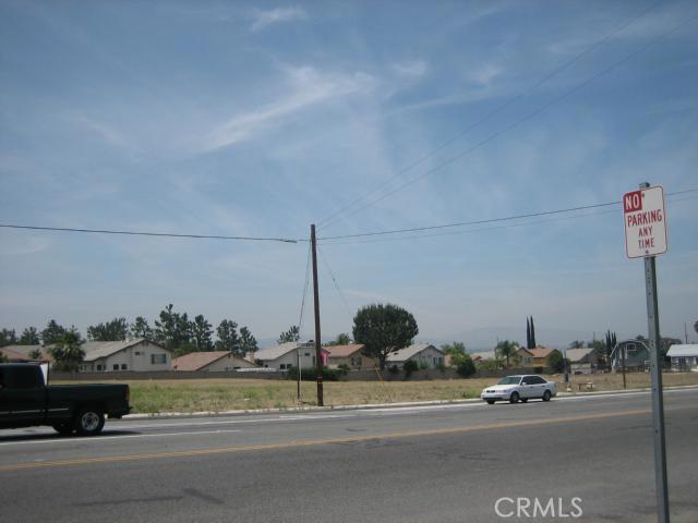 0 Mentone Boulevard, Mentone CA: http://media.crmls.org/medias/93981025-b56b-4800-87c4-1ecd83d369e4.jpg