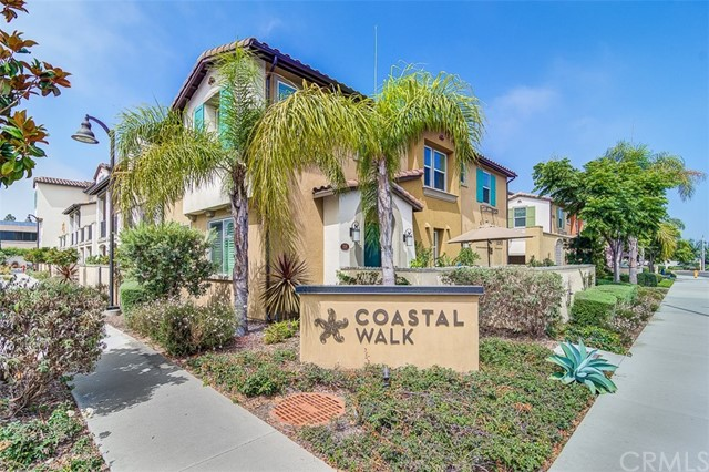 One of Huntington Harbor 3 Bedroom Homes for Sale at 16895  Airport Circle