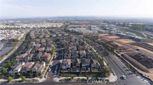 149 Follyhatch, Irvine CA: http://media.crmls.org/medias/93cd7655-cf6d-4e85-b6cc-ee01cdd811e6.jpg