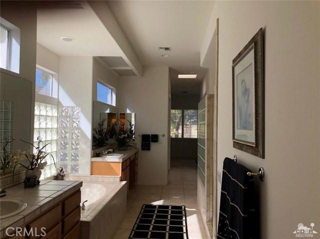 36626 Tallowood Drive Palm Desert, CA 92211 - MLS #: 218012284DA