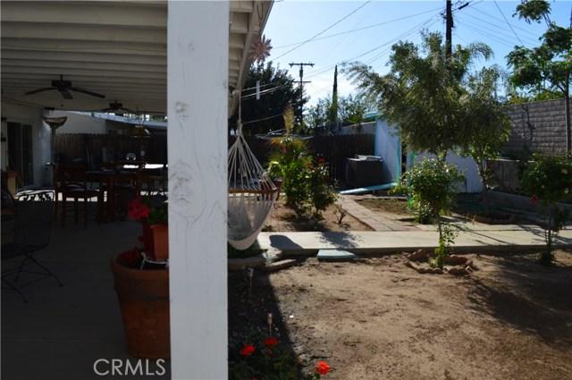25474 Gentian Avenue, Moreno Valley CA: http://media.crmls.org/medias/93d5d003-db36-4690-a035-24a4bf3fcb83.jpg