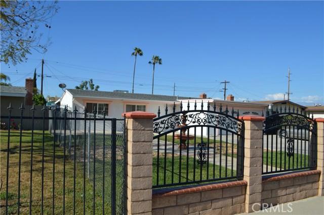 25474 Gentian Avenue, Moreno Valley CA: http://media.crmls.org/medias/93d6bd1a-3373-495f-ad0d-077831665f1d.jpg