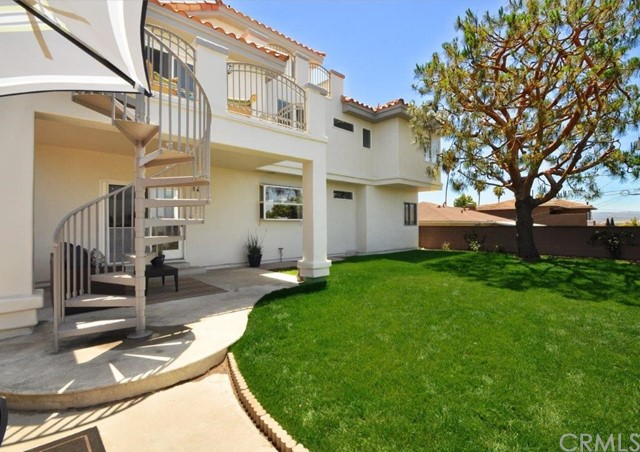 807  Meyer Lane, Redondo Beach in Los Angeles County, CA 90278 Home for Sale