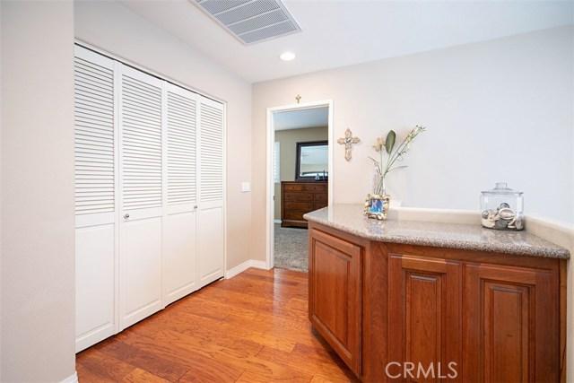 44 Nantucket Lane, Aliso Viejo CA: http://media.crmls.org/medias/93e1aa61-c1b9-4e89-b0ed-115e528ec390.jpg
