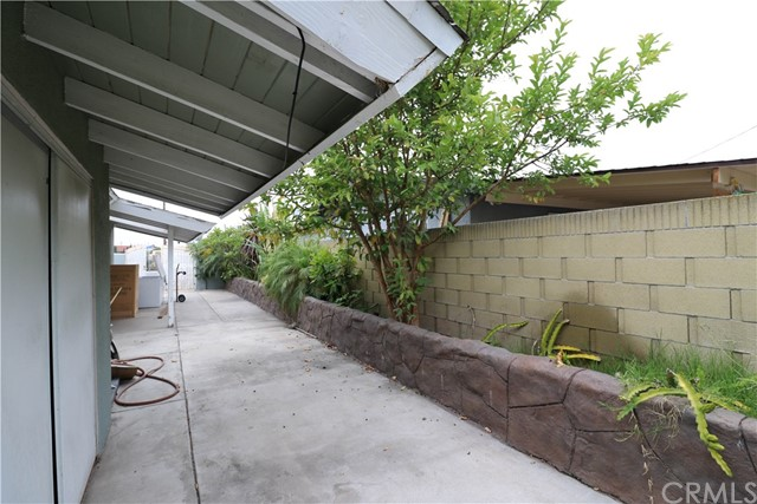 9622 Cerritos Av, Anaheim, CA 92804 Photo 11