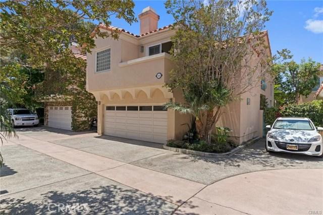 382 15th E Street, Costa Mesa CA: http://media.crmls.org/medias/93f6c221-036f-4004-966b-83c4507aa73f.jpg