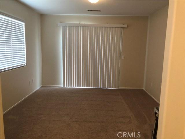5460 Chiquita Lane, San Bernardino CA: http://media.crmls.org/medias/93fc0f9b-90a6-4061-9f73-e2536bd23646.jpg