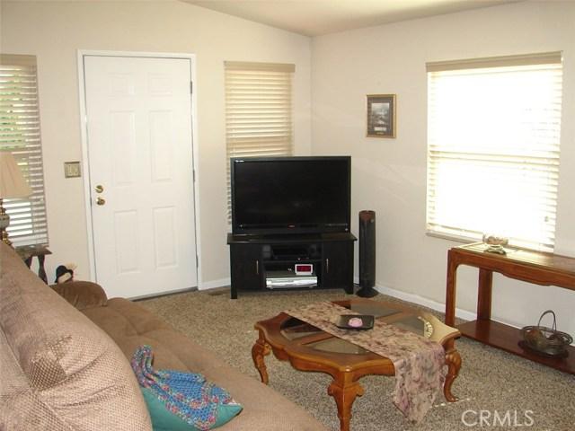 400 Sulphur Bank Dr #58, Clearlake Oaks CA: http://media.crmls.org/medias/93fda9c4-e3be-4c74-a2bf-51cad0132efc.jpg
