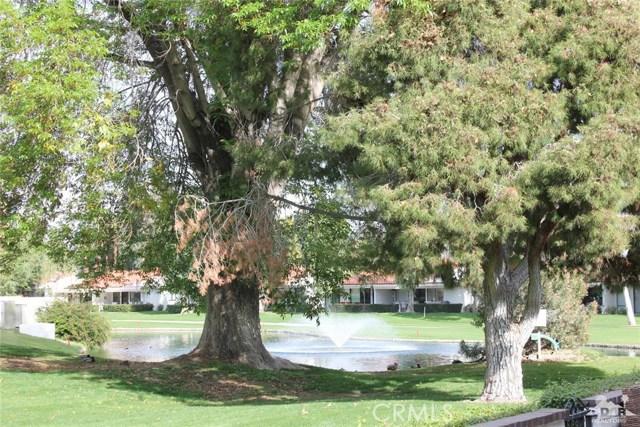 68 El Toro Drive, Rancho Mirage CA: http://media.crmls.org/medias/9405de86-f06c-40be-b8f1-a67f376fac24.jpg