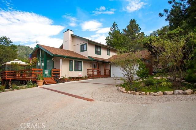 Single Family Home for Sale at 25049 Tenniel Crestline, California 92325 United States