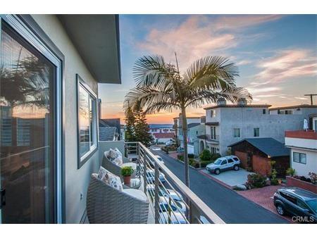 436 28th St, Manhattan Beach, CA 90266