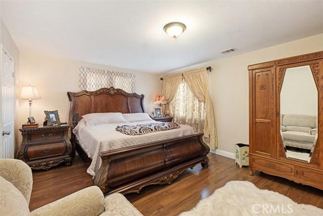 515 N West Street, Anaheim CA: http://media.crmls.org/medias/942f3122-aaa2-4f34-b8c5-640fa23e9113.jpg