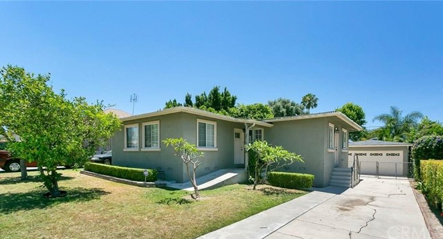 Photo of 210 E Pinehurst Avenue, La Habra, CA 90631