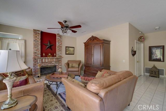 20912 MORNINGSIDE Drive, Rancho Santa Margarita CA: http://media.crmls.org/medias/944e0a4c-3795-4639-ac83-4fbd58f6fdff.jpg
