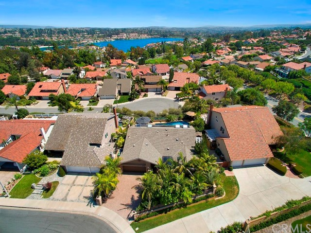 Single Family Home for Sale at 22496 Almaden St Mission Viejo, California 92691 United States