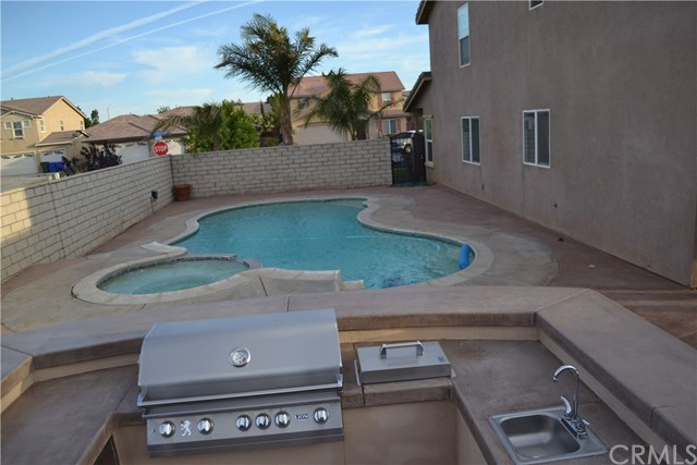 13730 Sahara Ln, Victorville, CA 92394 Photo