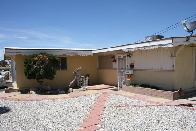 16824 Crestview Drive, Victorville, CA, 92395
