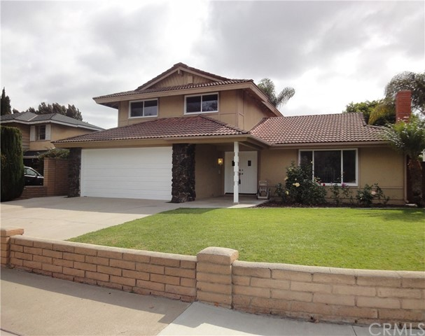 Single Family Home for Sale at 2925 Spruce Street S Santa Ana, California 92704 United States