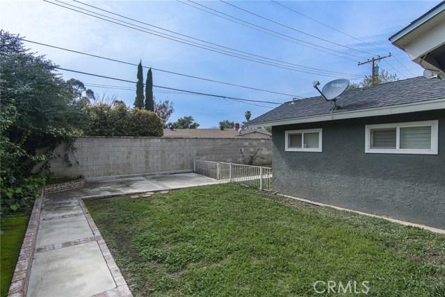 2930 Westridge Road, Riverside CA: http://media.crmls.org/medias/946b05f0-4da5-4394-be5a-5049c82df865.jpg