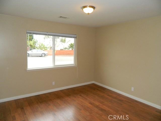694 & 640 Trouville S Avenue, Grover Beach CA: http://media.crmls.org/medias/946be446-c211-4b3d-a4ca-36c43e6eb399.jpg